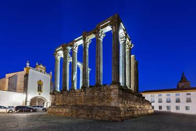 Full-Day Private Tour: Evora World Heritage Sites