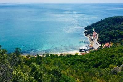 Walking Tour with monuments entrances - Guimarães