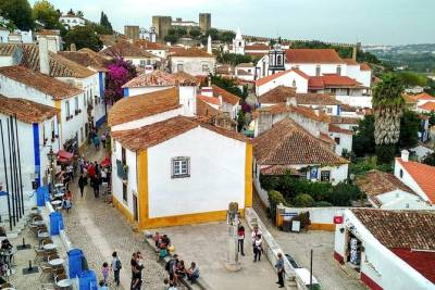 Private Tour: Discover the Rich Medieval History of Obidos