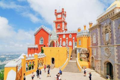 Private Tour Full Day: Sintra, Estoril, Cabo da Roca - Pick-up: in Mercedes