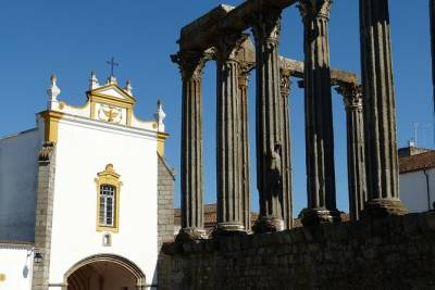 Évora, Vila Viçosa and Estremoz Private Tour