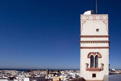 Private Walking Tour of Cadiz: includes Tavira Tower