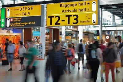 Lisbon Shared Arrival Transfer from Airport, Train or Port