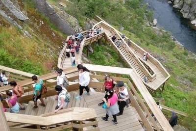 Half-Day Reef Fishing near Albufeira