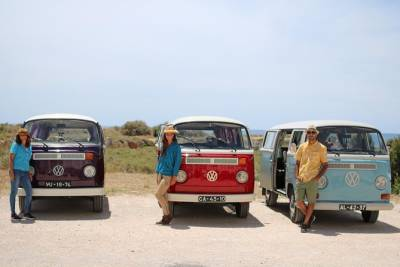 Portimão: Algarve Nature Tour in a Volkswagen T2 Van