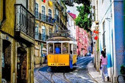Soulful Self-Guided Tour of Lisbon with Mobile App