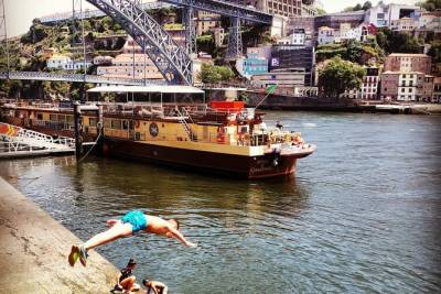 Eat & Tell Porto's Tale: סיור היסטורי דרך הבטן