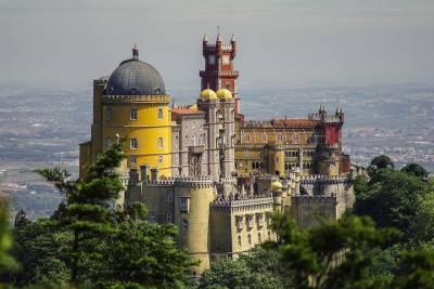 Private Arrival from Francisco Sá Carneiro Airport (OPO) to Porto City Center