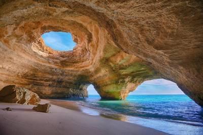 Porto's Ancient Ribeira Tour