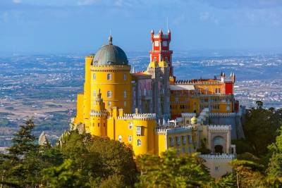 Sintra & Cascais experience tailored private tour (Full day)
