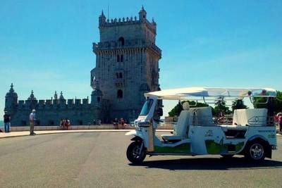 Lisbon: 2-Hour of Belém and the Golden Age Tour by a Private Eco Tuk Tuk