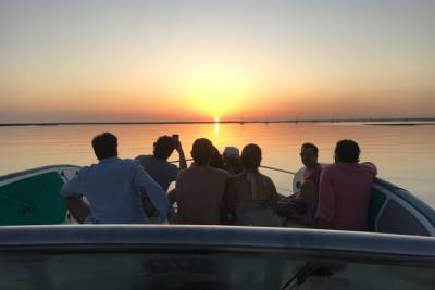 Private Yacht Sunset Tour Lisbon