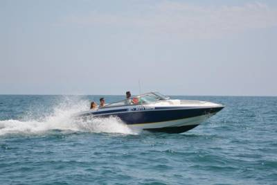 Private Speedboat Hire with Crew near Albufeira