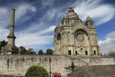 Private tour to Alto Minho (Viana do Castelo, Ponte de Lima and Barcelos)