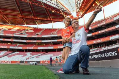 Private Family Football Tour in Lisbon: Benfica Stadium & Museum
