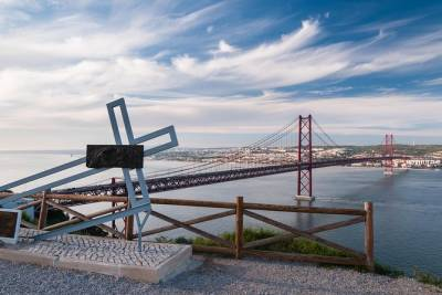 Lisbon Highlights Private Full Day Tour