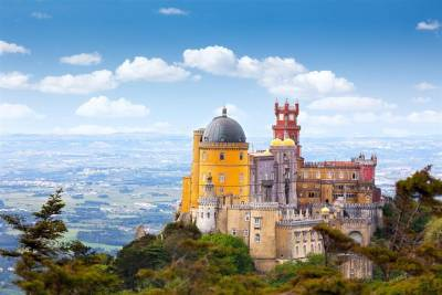 Genuine Sintra, Cascais, Estoril & Roca Cape Day Tour