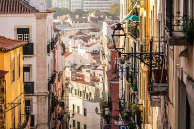 Off-the-Beaten-Path Tour of Mouraria with a Lisbon Local
