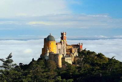 Sintra tour with wine taste included