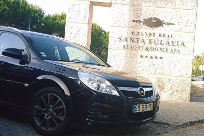 Private Faro Airport Transfer to Albufeira (up to 4 passangers)
