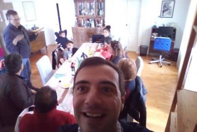Trough Downtown and Historic Center - Porto Half Day (Tesla car)