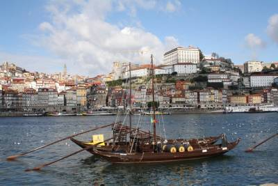 Tour Full Day Porto - from Lisbon (12 Hours)