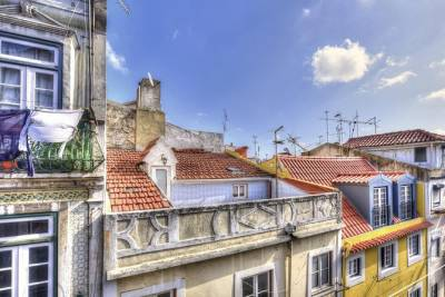Discover Bairro Alto, between myths and Fado Lisbon sensorial audiowalk