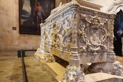 Tomb of Vasco da Gama - Jeronimos Monastery, Belem