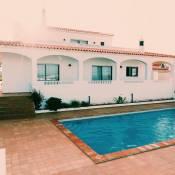 Casa Manils
