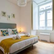 Modern Downtown Apartment | RentExperience