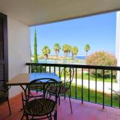 Stunning one bedroom apartment with sea view