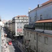 ※NEW ※ Baixa-1Bedroom Apartment with Lift