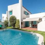 L&A Villa with Private Pool in Prainha