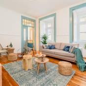 Blue & Bright Apartment in Baixa
