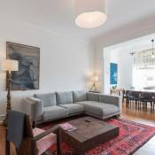 NEW! Renovated 7 bedrooms apartment in Avenida!