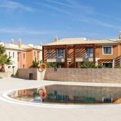 Carvoeiro Villa Sleeps 6 WiFi