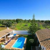 Poco das Canas Villa Sleeps 6 Air Con
