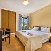 Praia Da Luz Apartment Sleeps 7 Pool WiFi