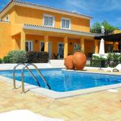 Sao Faustino Villa Sleeps 17 Pool Air Con WiFi