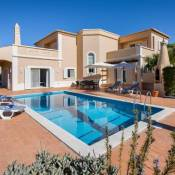 Vale da Canada Villa Sleeps 8 Pool Air Con WiFi