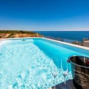 Benagil Villa Sleeps 4 Pool Air Con WiFi