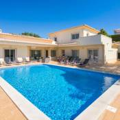Carvoeiro Villa Sleeps 10 Pool Air Con WiFi