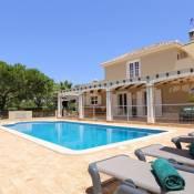 Benagil Villa Sleeps 8 Pool Air Con WiFi