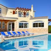 Pedra Alcada Villa Sleeps 12 Pool Air Con WiFi