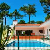 Aroeira Villa Sleeps 6 Pool Air Con WiFi