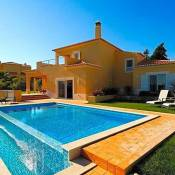 Carvoeiro Villa Sleeps 6 Pool Air Con WiFi