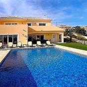 Praia Da Luz Villa Sleeps 8 Pool Air Con WiFi