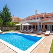 Quinta do Lago Villa Sleeps 8 Pool