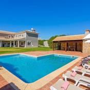Barradas Villa Sleeps 8 Pool Air Con WiFi