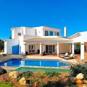 Alvor Villa Sleeps 8 Pool Air Con WiFi